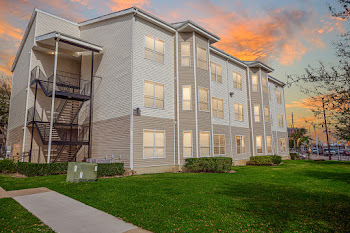 Go to Catalina Village Apartments website