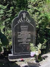 Photo: Jankų šeimos kapas.