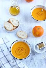 Photo: Crema especiada de calabaza asada y naranja http://historiasdesabor.blogspot.com.es/2015/01/crema-especiada-de-calabaza-asada-y.html Elena / Palma de Mallorca / Canon 550D
