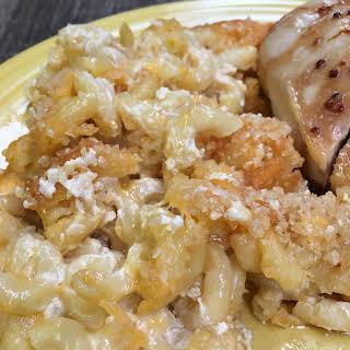 Easy Homemade Baked Macaroni and Cheese.