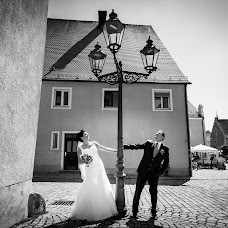 Wedding photographer Claus Englhardt (Moremo). Photo of 06.11.2017