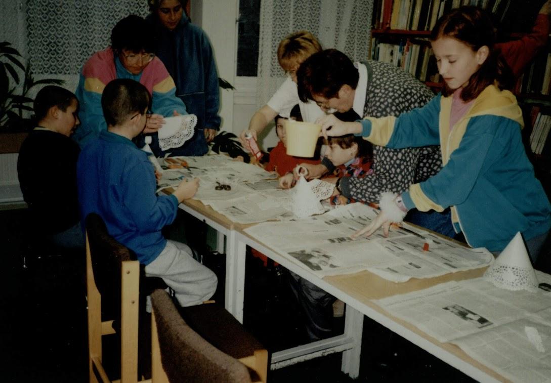 Játszóház a könyvtárban 2001