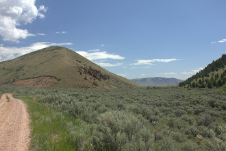 Photo: Sage brush and hoodoos on the way to surveying Astragalus scaphoides sites