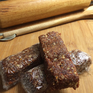 Raw Fruit and Nut Bars Recipe