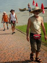 Photo: i camalli ritornano a casa dopo il lavoro