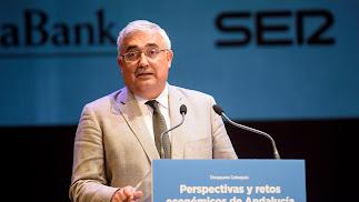 Ramírez de Arellano durante la conferencia de ayer