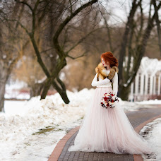 Wedding photographer Anastasiya Kostina (anasteisha). Photo of 09.02.2017