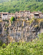 Photo: franjes  - castellfollit de la roca - la garrotxa