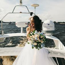 Fotógrafo de bodas Liza Medvedeva (Lizamedvedeva). Foto del 10.11.2016
