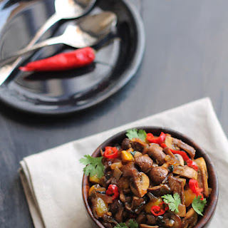 Mushroom Chili Fry Recipe, How to make Goan Mushroom Chili Fry