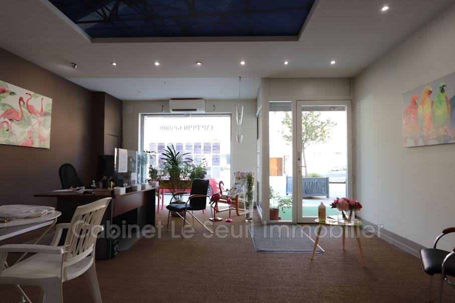 Vente locaux professionnels  150 m² à Apt (84400), 165 000 €