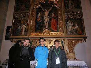 Photo: Naši miništranti pri bočnom oltári