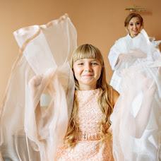 Wedding photographer Anastasiya Ozhgibesova (ozhgibesova). Photo of 07.10.2018