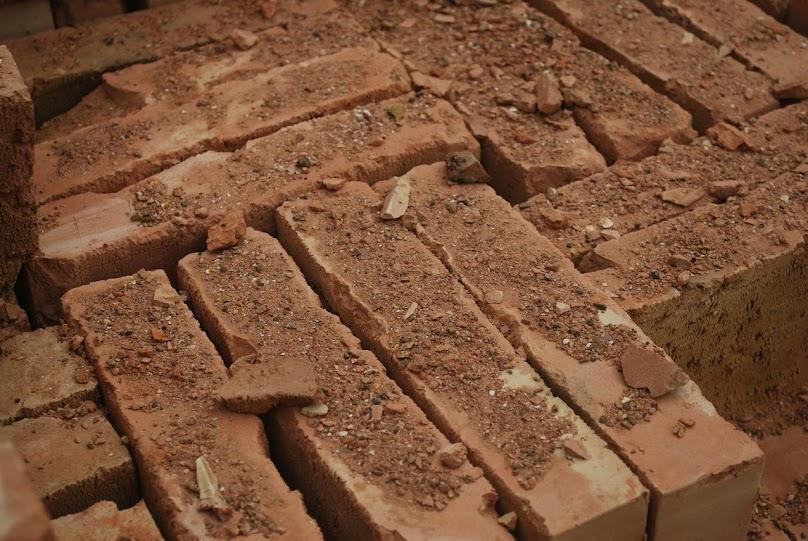 Cegły z gliny