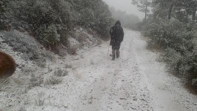 Photo: El camino se torna blanco.