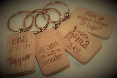 Sleutelhanger - Rechthoekige houten sleutelhangers met leuke tekst