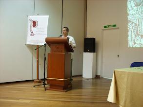 Photo: VIDEOS: Presentación de la biografía del autor por Amparo Vásquez http://www.youtube.com/watch?v=XG3PR60a3xg . Introducción (HJB): http://www.youtube.com/watch?v=DCtU2T3ttTI LECTURA (HJB): http://www.youtube.com/watch?v=hPZPouVnRos