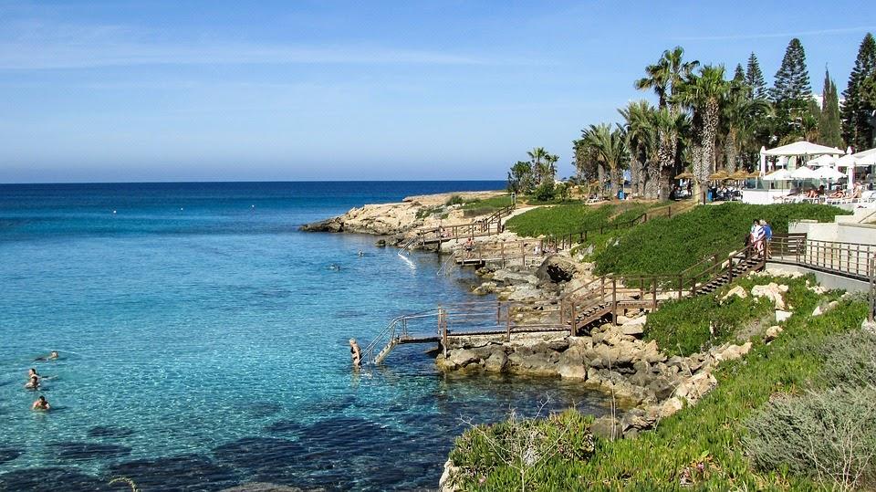 Lennot Kyprokselle kesä 2017