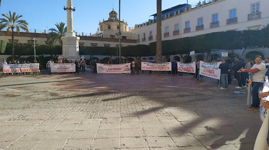 Movilización de los feriantes en la Plaza Vieja