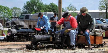 Photo: The two steam locos of the day:  Pete Greene with TSR #400 and Clyde Brown with L.V.R.R. #99     HALS Public Run Day 2014-0419 DH3