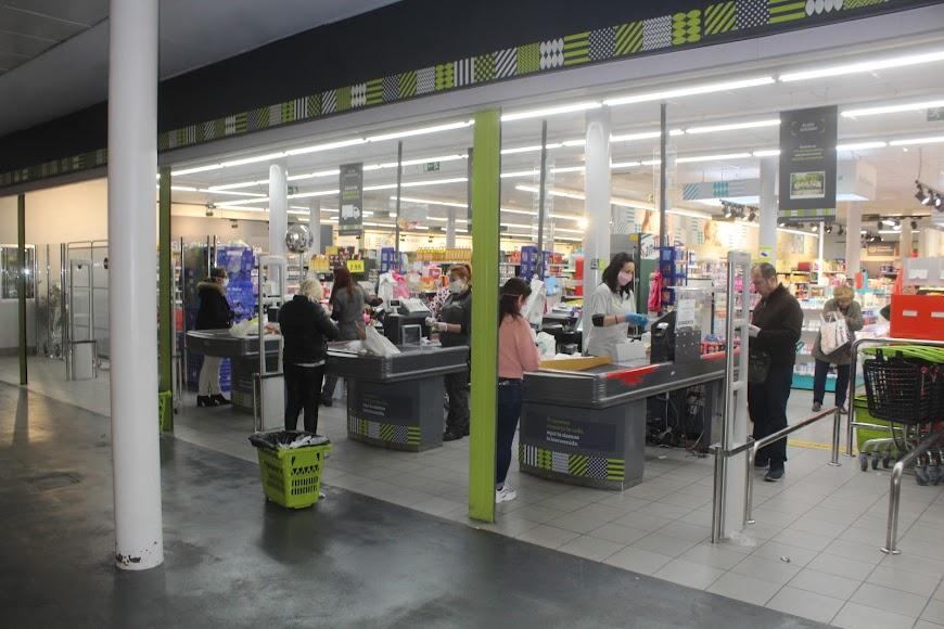 Cajas del supermercado La Plaza Día.