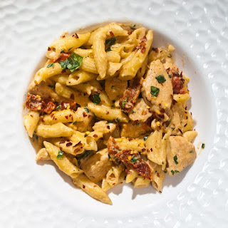 Cheesy Penne and Chicken with Sun Dried Tomatoes Recipe