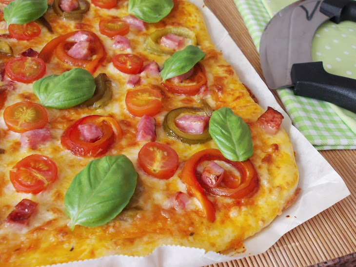 Peppers, Bacon and Cherry Tomato Pizza Recipe