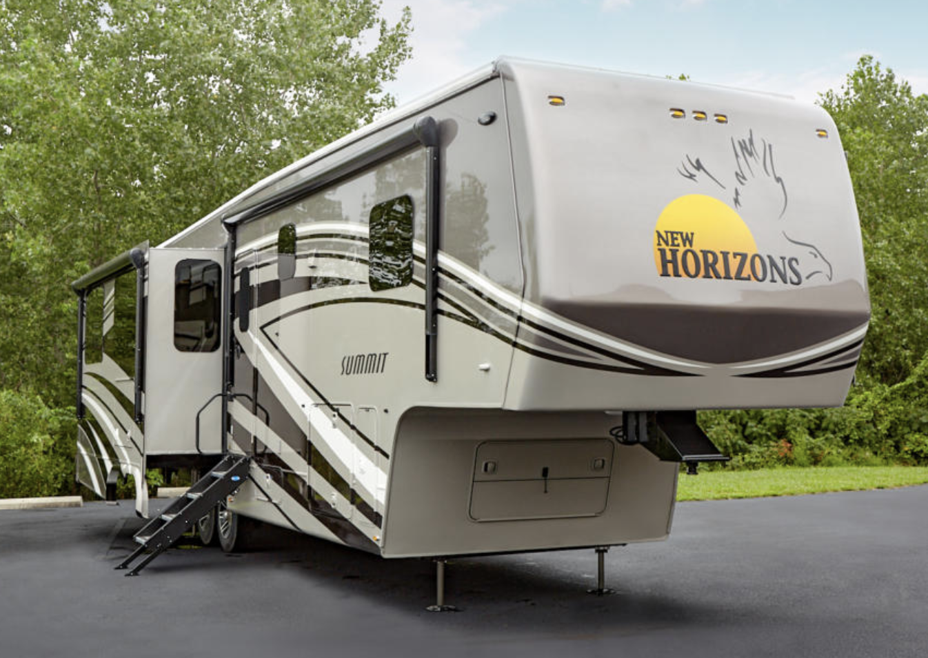 The New Horizons Summit S41IKT3S Toy Hauler Fifth Wheel is a 41 foot family-friendly RV.
