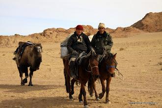 Photo: У каждого - свой транспорт, но у монголов времени больше.