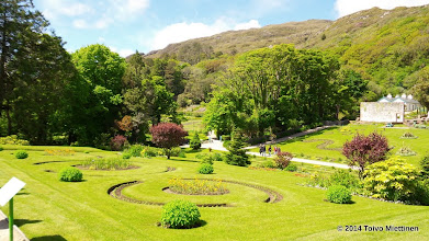 Photo: Luostarin puutarha. Näkymä puutarhan puistoon.