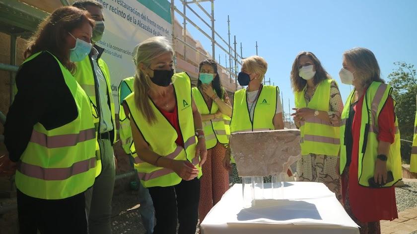 La consejera ha desvelado el hallazgo de un fragmento de gorronera de la segunda mitad del siglo XI.