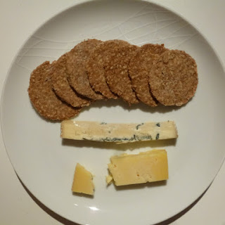 Easy Homemade Whole Wheat Crackers