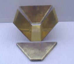 Photo: Les 3 éléments constituant la caisse du wagonnet.