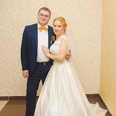 Wedding photographer Darya Samushkova (DaryaLeon). Photo of 27.11.2015