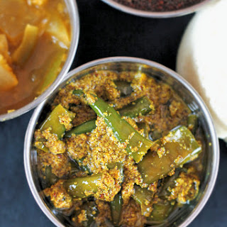 INDIAN-STYLE CHILI PICKLE