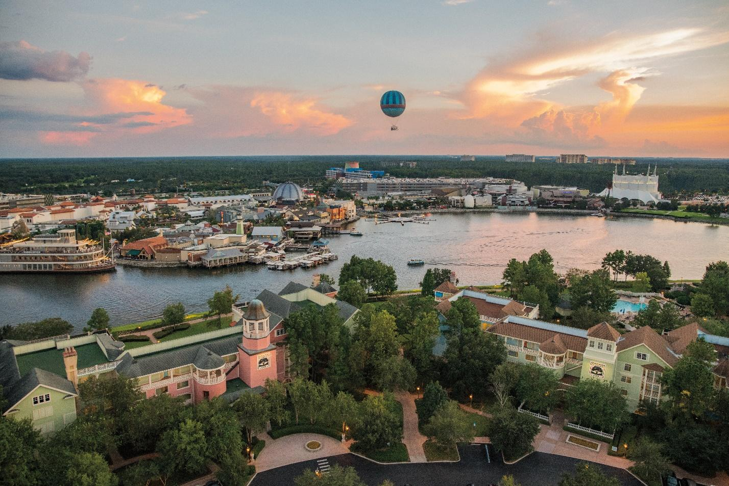 hot air balloon over Disney's Saratoga Springs Resort