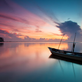 WAITING FOR DUTY by Abe Less - Landscapes Waterscapes