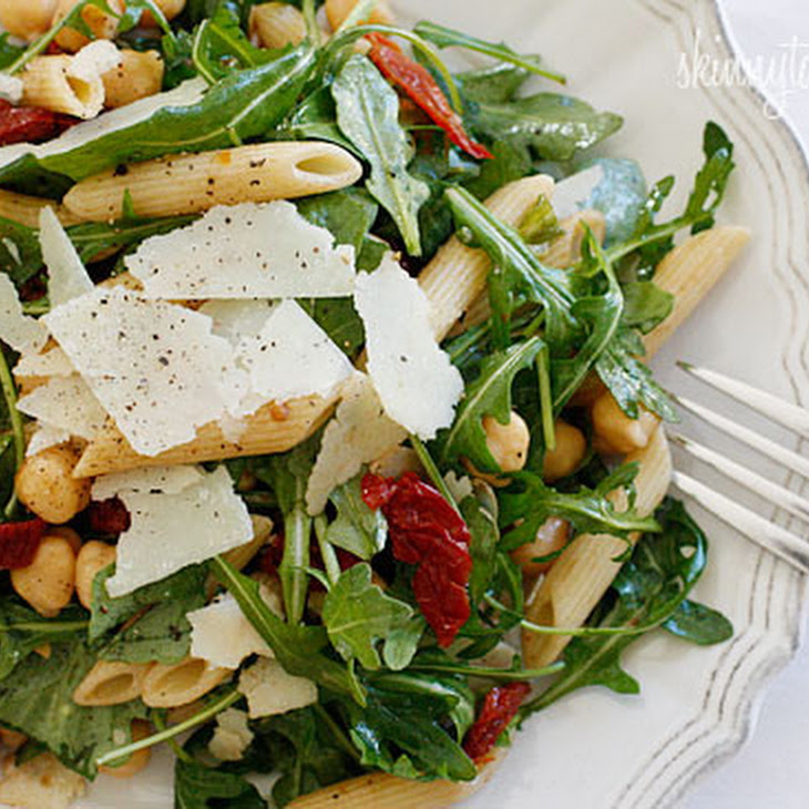 Arugula Salad with Penne, Garbanzo Beans and Sun Dried Tomatoes Recipe