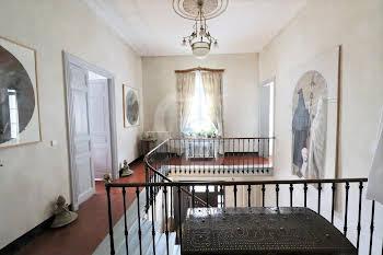 Maison 6 pièces 257 m2