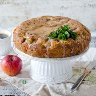 Cinnamon Apple Pie Dump Cake.