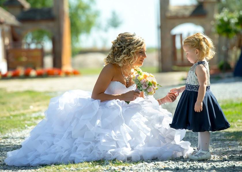 Esküvői fotós Artila Fehér (artila). Készítés ideje: 17.09.2017
