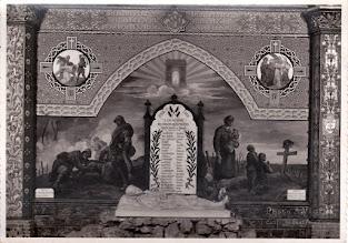 Photo: 82 - Saint-Michel - Monument dans l'église
