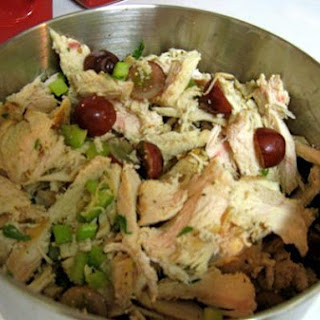 Summer Tuscan Chicken Salad With Grapes.