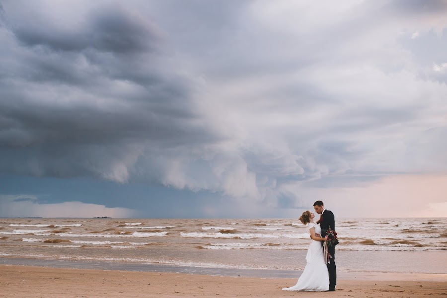 Wedding photographer Mariya Kazanceva (Kezmary). Photo of 08.02.2016