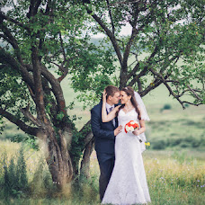 Wedding photographer Vladimir Kondratev (wild). Photo of 18.12.2015