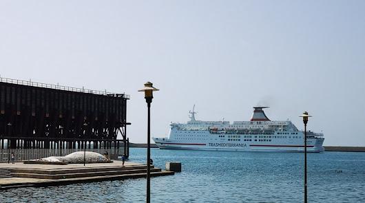 Almería, segundo puerto de España en comunicaciones con el norte de África