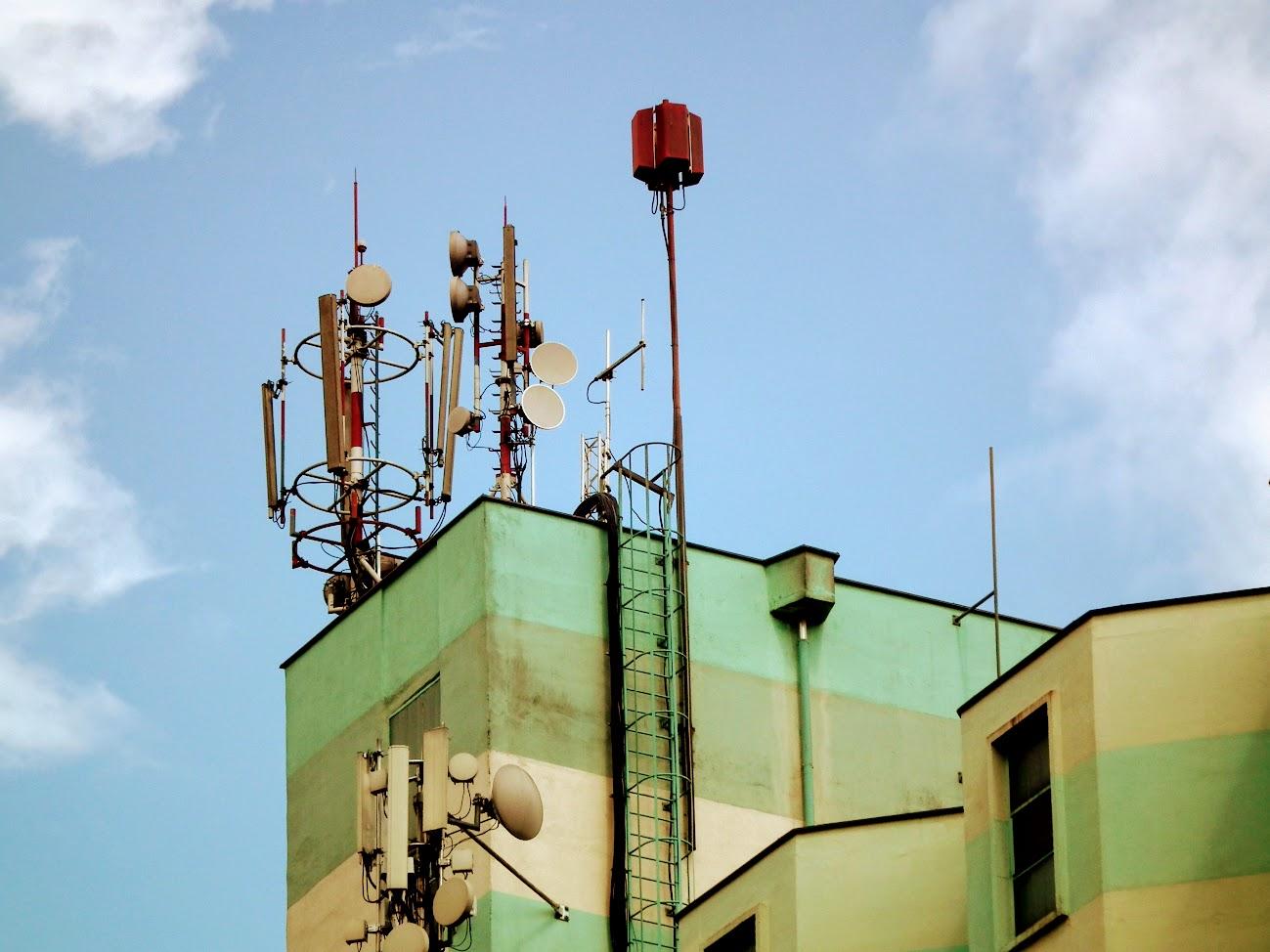 Muraszombat/gabonasiló - helyi URH-FM adóállomás+helyi DVB-T adóállomás