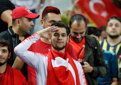 """Turkse minister in alle staten over onderzoek UEFA: """"En toen Griezmann dat deed?"""""""