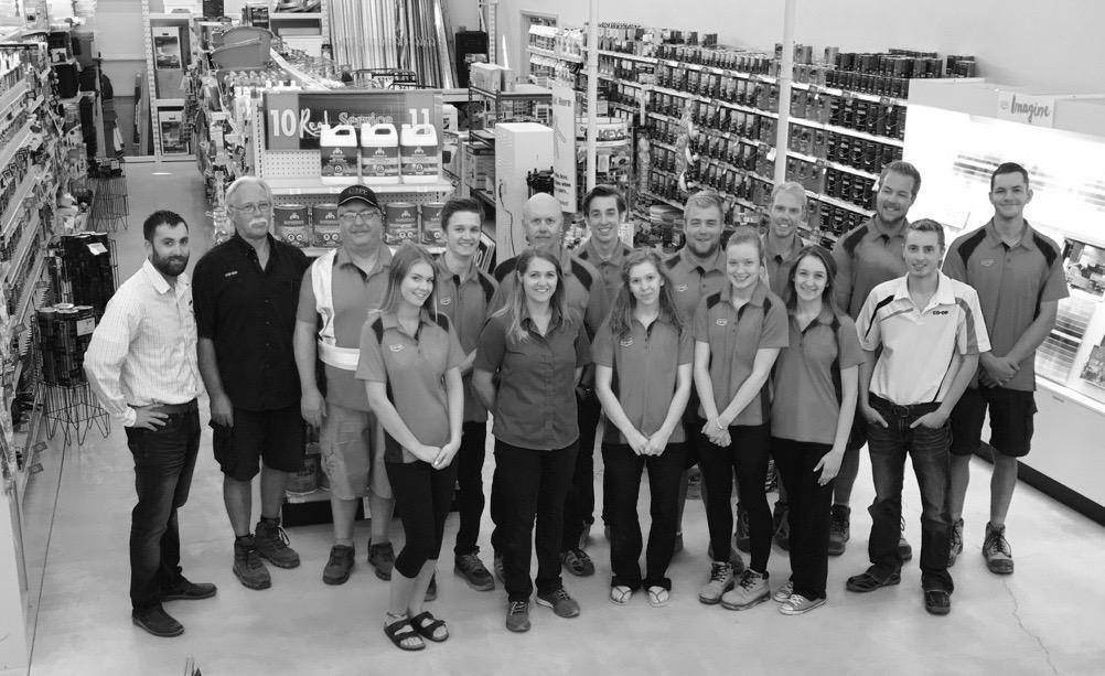 Pembina Co-op Oakbank Home Centre Team (Oct 2018)