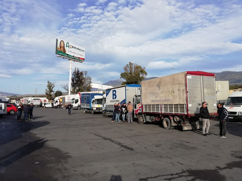 Concentración en El Ejido en el Polígono de la Redonda antes de partir hacia Almería.